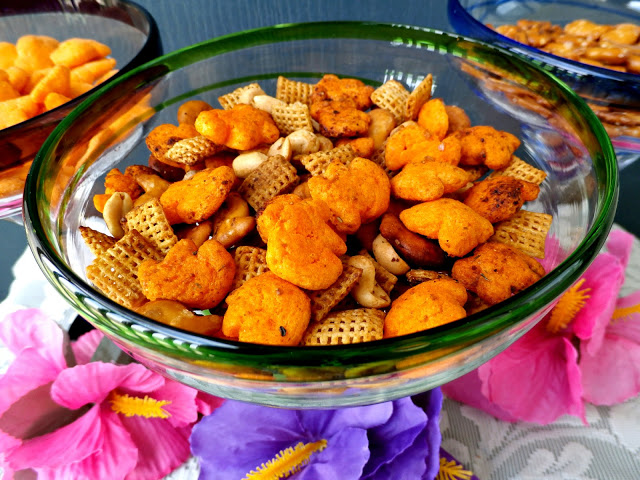 A Toasted Snack Mix recipe that's lower in sodium #SoFab