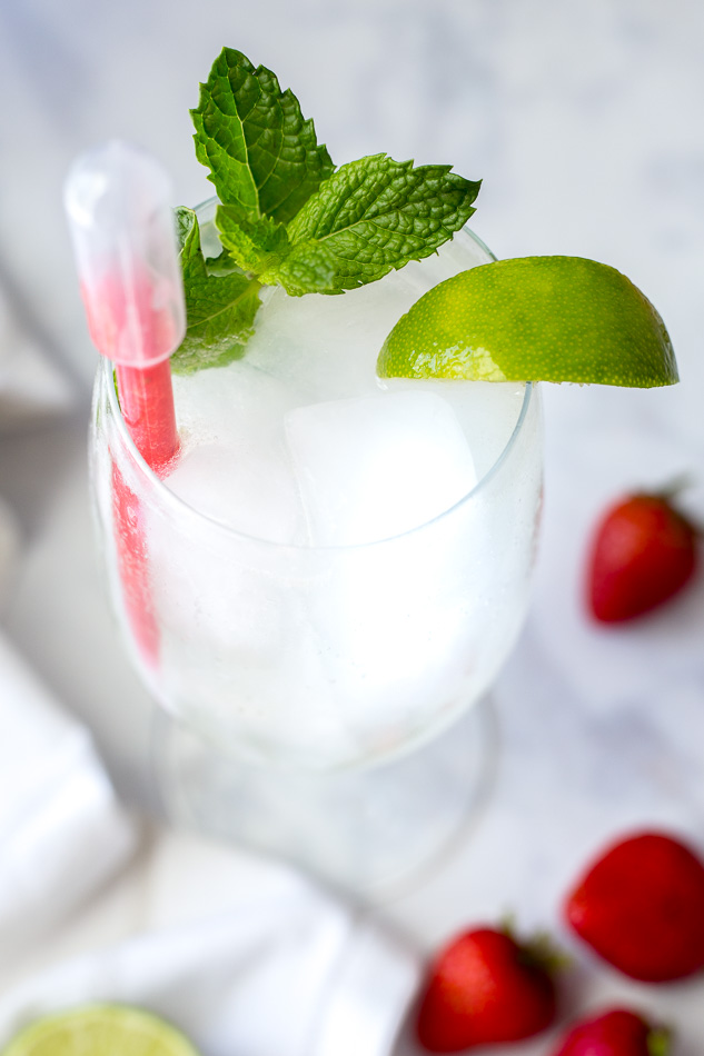Sparkling Strawberry Lime Cocktail