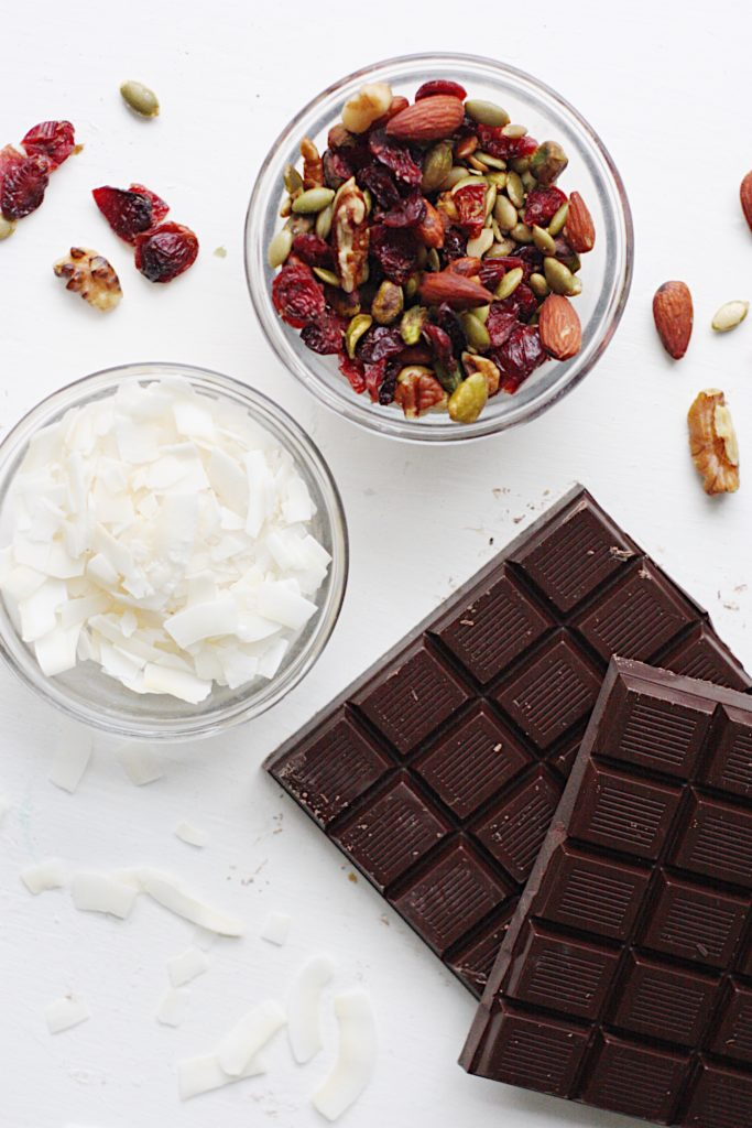 dark chocolate trail mix bark
